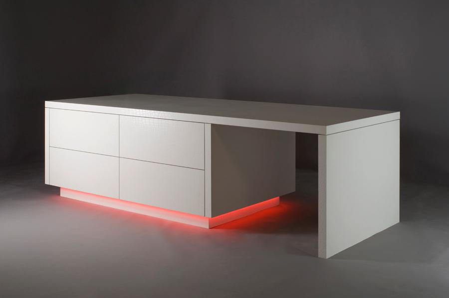 Motivo Quartz Cabinet